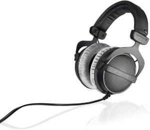 Best Pro Headphones For Podcast